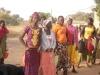 Les filles plus jeunes, ne sont pas en reste, question tenue vestimentaire (Aguiratou, Nathalie, Aminata et Némata de gauche à droite)