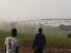 une découverte : l'arrosage des champs!